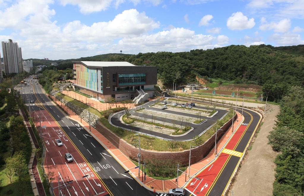 전하체육시설 2013.jpg