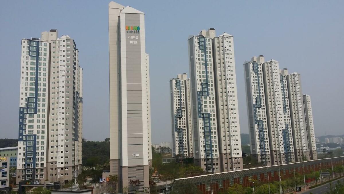 광교호반아파트 2011.jpg