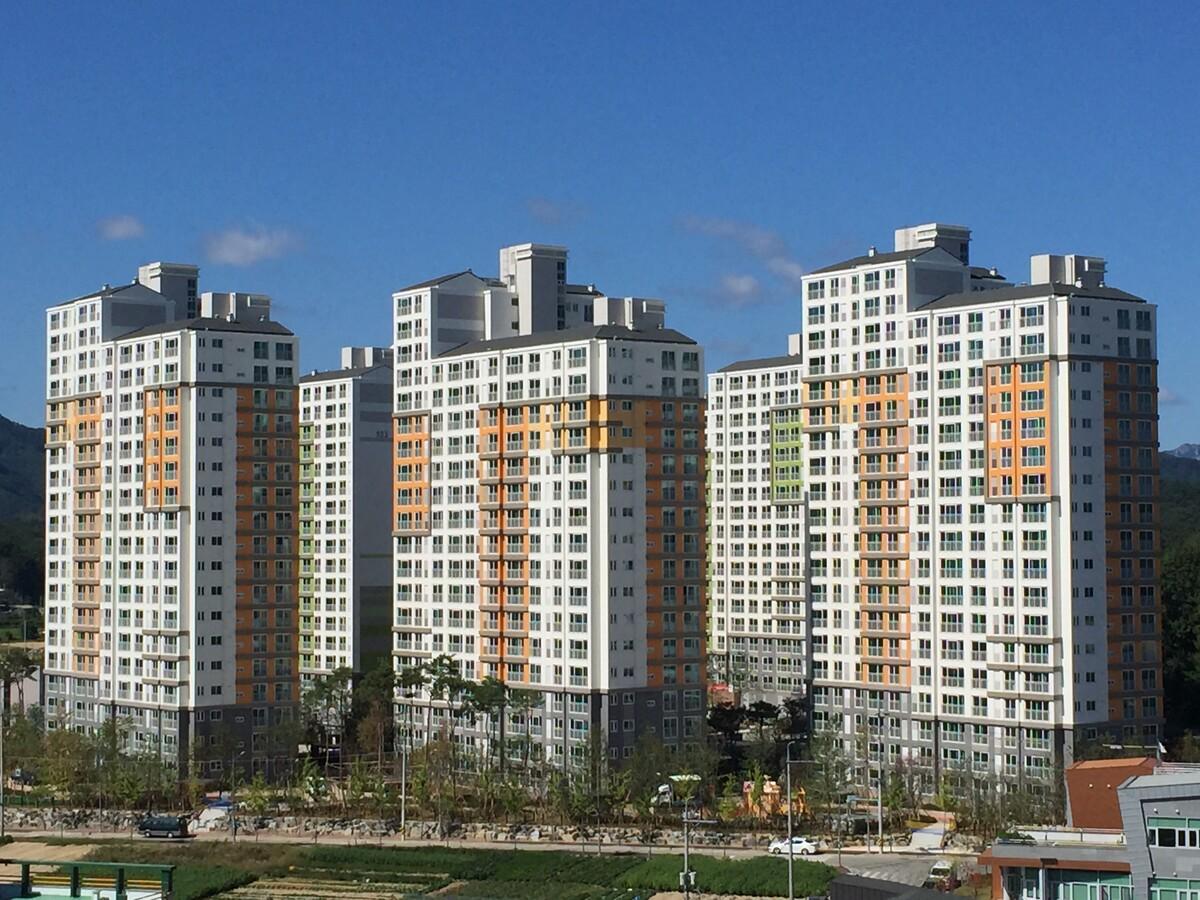 금산대원칸타빌아파트 2013.jpg