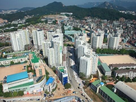 북아현대우아파트 2012.jpg
