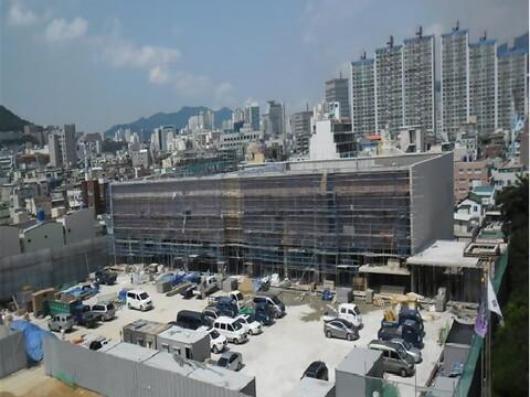 연제국민체육센터 2012.jpg