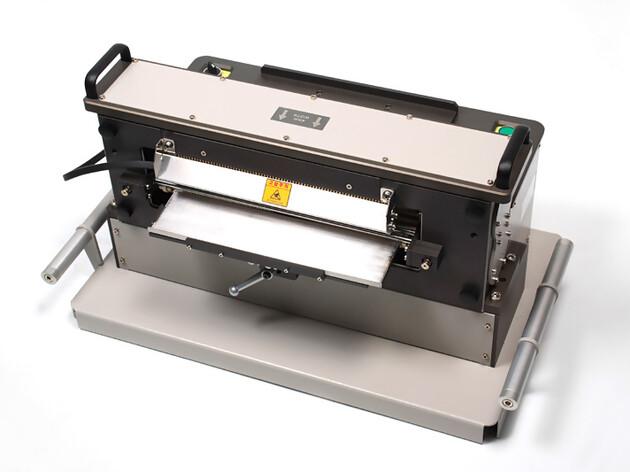 Rotary Cutter AR-RC3050.jpg